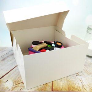 Κουτιά Γλυκών, Τούρτας